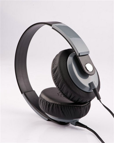 wired headphone